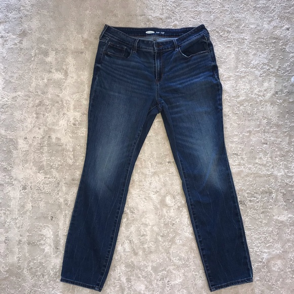 Old Navy Pop Icon Skinny Jeans in size 12 short